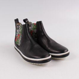 Kotníčková obuv Desigual černá
