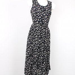 Dámské šaty na knoflíky černé s bílými květy