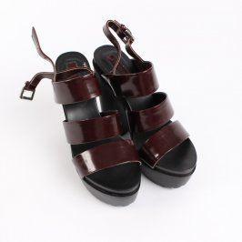 Dámské sandále Forever 21 s hnědým páskem