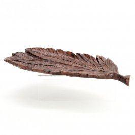 Dřevěná dekorace ve tvaru listu
