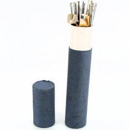 Pletací jehlice a páráčky v tubě