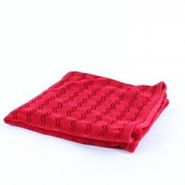 Červená deka  rozměr 133 x 65 cm