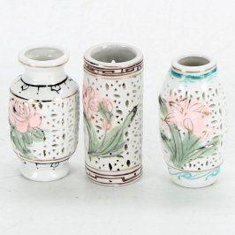 Miniaturní porcelánové vázy